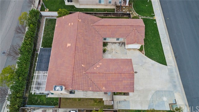 40232 Saddlebrook Street, Murrieta CA: http://media.crmls.org/medias/633febff-9c82-410c-a93e-489aa2397225.jpg