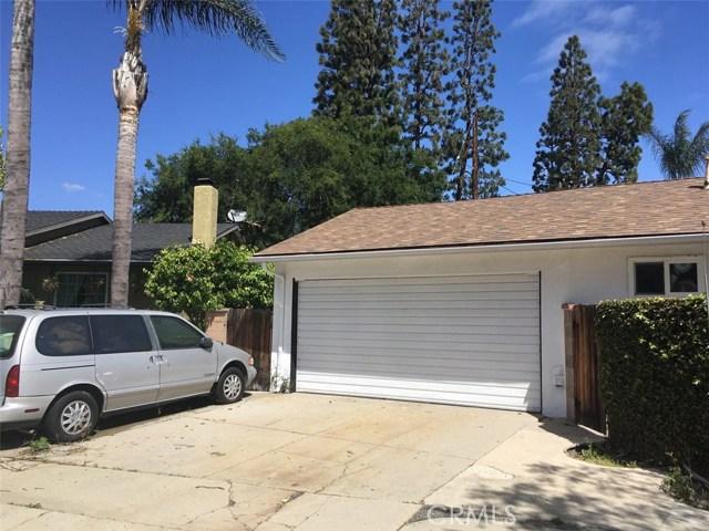 2003 Petaluma Avenue, Long Beach CA: http://media.crmls.org/medias/63401484-16e4-41bd-b2b4-57573566e52f.jpg