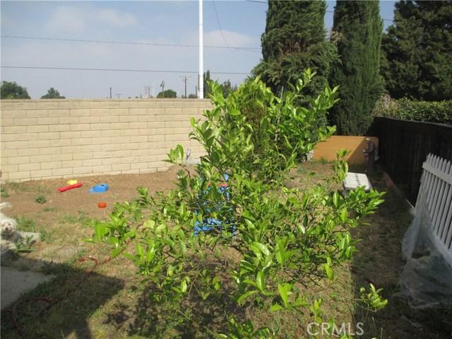 1630 barranca Avenue, Glendora CA: http://media.crmls.org/medias/63449826-69ab-4c7a-85bf-eee30475e814.jpg