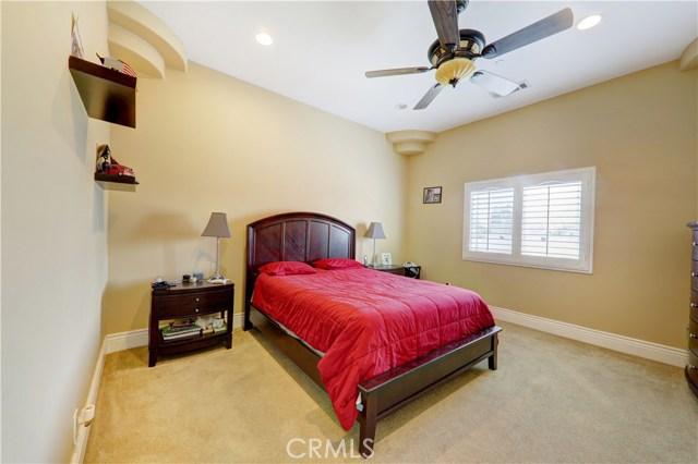 11544 Horton Avenue, Downey CA: http://media.crmls.org/medias/63600bfa-0ba8-4fd8-bb8e-c9fafd59683b.jpg