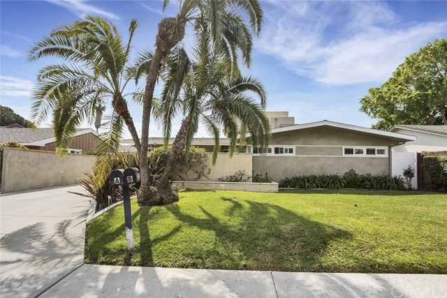 205 Del Mar Avenue, Costa Mesa, CA, 92627