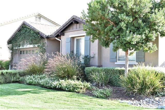 14311 Wisman Drive, Eastvale CA: http://media.crmls.org/medias/6372d17b-11fe-4e75-b14e-1f7237e8abeb.jpg