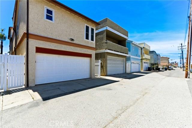 315 21st Street, Huntington Beach CA: http://media.crmls.org/medias/637af970-fa6d-4ede-9dc9-7ba1c67a7b80.jpg