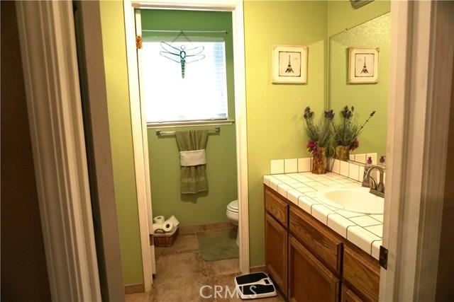 5467 N Delbert Avenue, Fresno CA: http://media.crmls.org/medias/638da4d3-bf46-48db-9864-689a291b4140.jpg