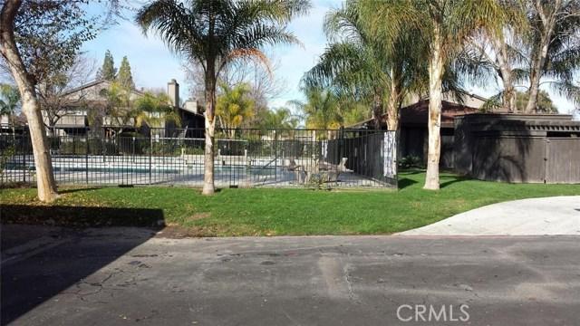 1151 S Chestnut Avenue, Fresno CA: http://media.crmls.org/medias/6393c769-a9e8-4024-9a71-32aa258ff51d.jpg