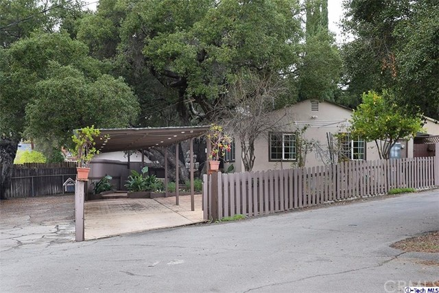 3501 Montrose Avenue La Crescenta, CA 91214 is listed for sale as MLS Listing 317000034