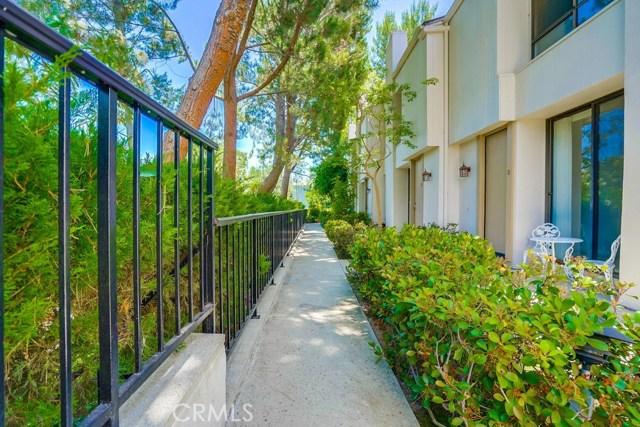 3607 W Hidden Lane, Rolling Hills Estates CA: http://media.crmls.org/medias/63a99d1a-4185-4724-b977-27d3bb29a412.jpg