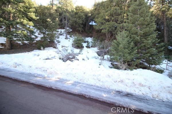 15124 Chestnut Drive, Pine Mountain Club CA: http://media.crmls.org/medias/63b986d9-60de-47a0-828d-efdc5da0126e.jpg