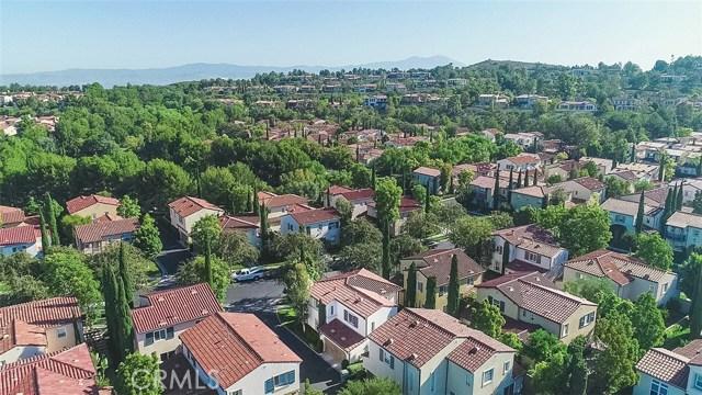 40 Gardenpath, Irvine CA: http://media.crmls.org/medias/63bc9bed-027b-40c5-99e8-ac393bca0a78.jpg
