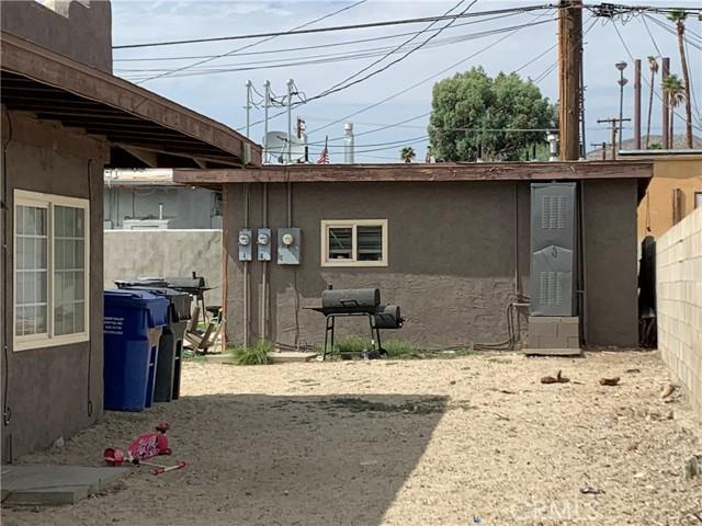 66124 Acoma Avenue, Desert Hot Springs CA: http://media.crmls.org/medias/63c2b752-acd0-458a-a9a7-b18ac5dfd7cf.jpg