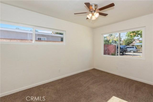 1486 Salina Street, Upland CA: http://media.crmls.org/medias/63c35400-f4d3-43ae-9734-b1727ddb1a15.jpg