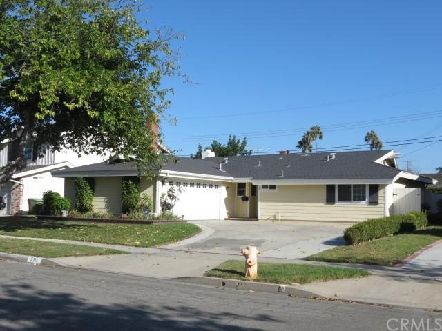 Single Family Home for Sale at 5111 Tripoli St Los Alamitos, California 90720 United States