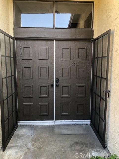4950 E Atherton Street, Long Beach CA: http://media.crmls.org/medias/63dc61ff-22b8-41b5-bf92-d783df005d74.jpg