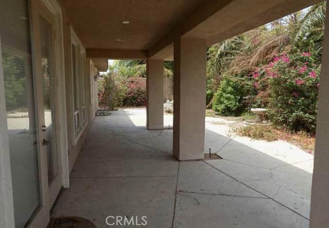 221 Via Firenza, Rancho Mirage CA: http://media.crmls.org/medias/63dc97c1-d4f1-4994-968b-bf0e50bdb0df.jpg