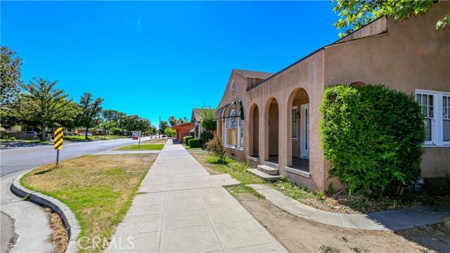 1625 E Olive Avenue, Fresno CA: http://media.crmls.org/medias/63ddfbf8-27a0-4b3d-9130-c50d0a3cc162.jpg