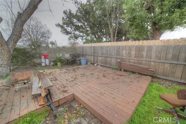 6324 N Bond Street, Fresno CA: http://media.crmls.org/medias/63e4e2aa-c708-4c4b-93a7-34b5e08051a7.jpg