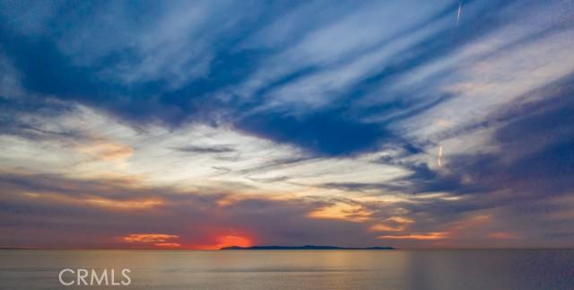319 Cypress Drive, Laguna Beach CA: http://media.crmls.org/medias/63e79b77-61d9-4558-ba7a-12e3f8e1724b.jpg