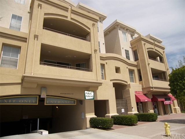 1301 Cabrillo Avenue, Torrance CA: http://media.crmls.org/medias/63fb46eb-3a97-4f95-a3dc-e429a5872d2b.jpg