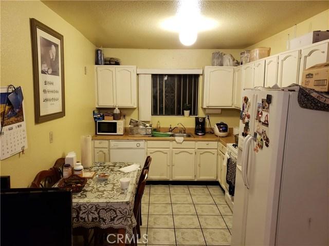 1217 S Kingsley, Los Angeles CA: http://media.crmls.org/medias/63fce851-8e63-41bd-93f6-e7fa95b761c4.jpg