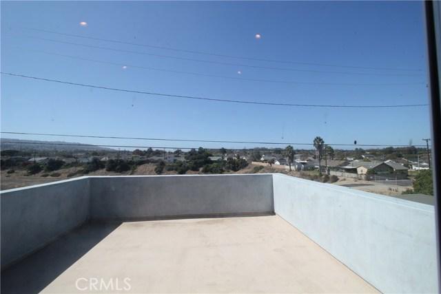21841 Ocean Avenue, Torrance CA: http://media.crmls.org/medias/64026a1c-b682-4950-ba62-8085e536deb8.jpg