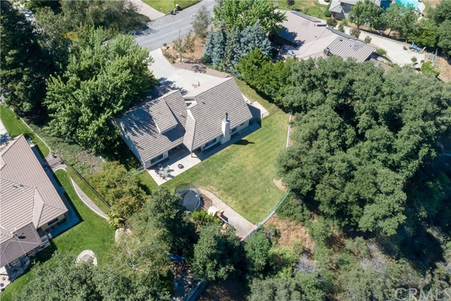 13086 Oak Crest Drive, Yucaipa CA: http://media.crmls.org/medias/640a275c-b7a1-443c-aea1-e48094d4a6b2.jpg