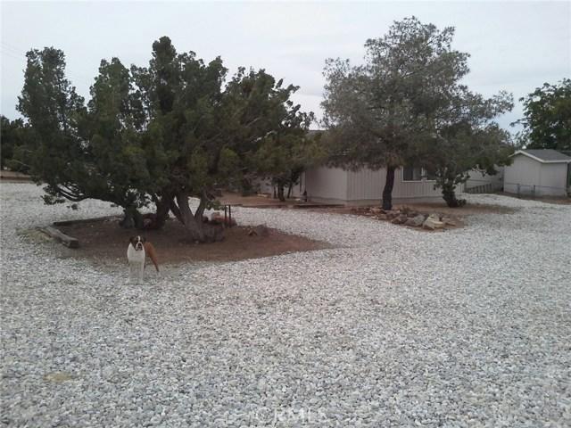6973 Kouries Way, Oak Hills CA: http://media.crmls.org/medias/6410e9c6-9cb9-46dd-8934-828543dc03cd.jpg