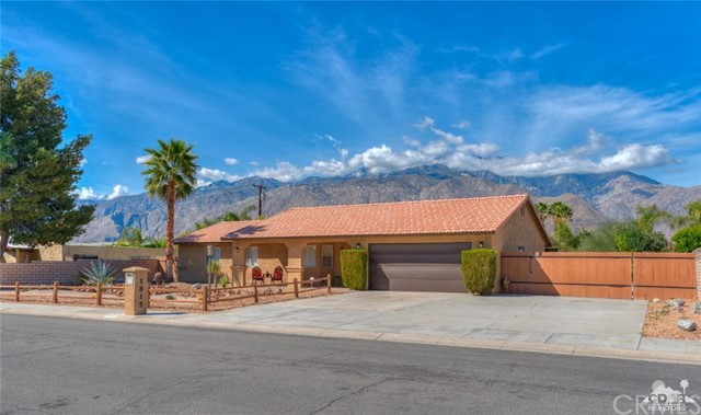 Single Family Home for Sale at 1815 Viminal Road 1815 Viminal Road Palm Springs, California 92262 United States