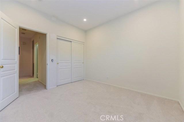 房产卖价 : $83.90万/¥577.00万