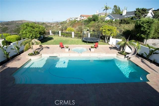 713 Calle Monserrat, San Clemente CA: http://media.crmls.org/medias/6419738a-45f7-4109-ab7c-5179e6f567b8.jpg