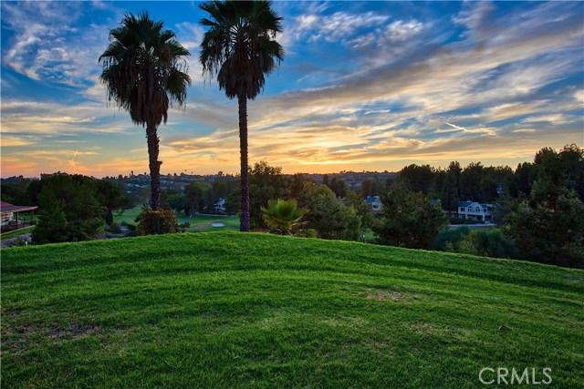 23671 Via Agustini, Mission Viejo CA: http://media.crmls.org/medias/64239377-8f2d-456e-aab4-287e1655059a.jpg