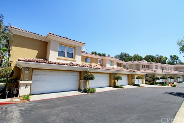 65 Via Vicini Rancho Santa Margarita, CA 92688 is listed for sale as MLS Listing PW17183299