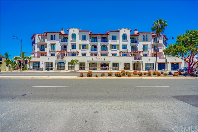 2001 Artesia 204 Redondo Beach CA 90278