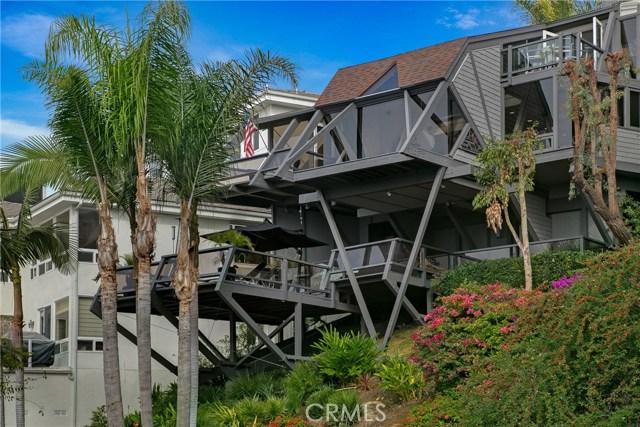 489 Alta Vista Way  Laguna Beach CA 92651
