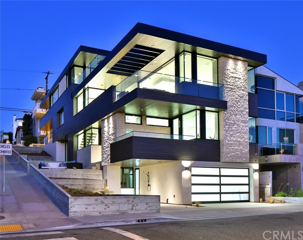 300  25th Street, Manhattan Beach, California