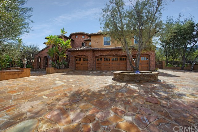 954  White Ranch Circle, Corona, California