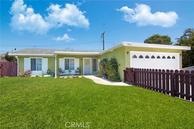 Huntington Beach Homes for Sale -  Single Story,  9571  Pollack Drive