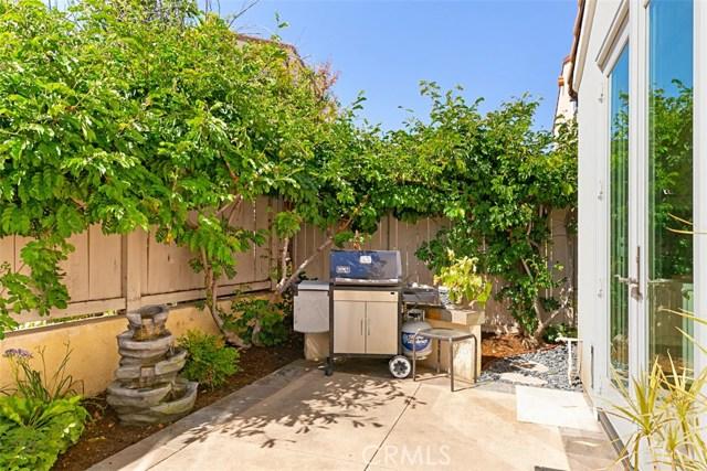 107 Waterman, Irvine CA: http://media.crmls.org/medias/6460e60c-fbd0-41de-8ca0-26311aa5a34a.jpg