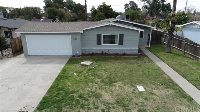 Detail Gallery Image 1 of 1 For 1530 E 26th St, Merced,  CA 95340 - 3 Beds   2 Baths