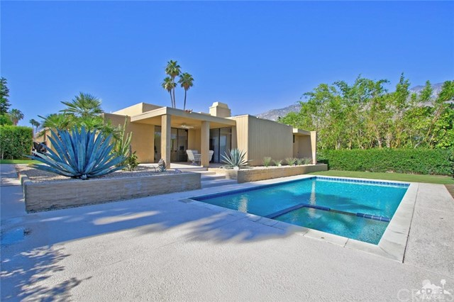 1350 Marion Way, Palm Springs CA: http://media.crmls.org/medias/647fc581-9905-469c-857b-6736a9644f08.jpg