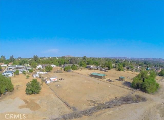 16415 Holcomb Way, Riverside CA: http://media.crmls.org/medias/6485057b-106b-4468-99d1-aaddd80bca3c.jpg