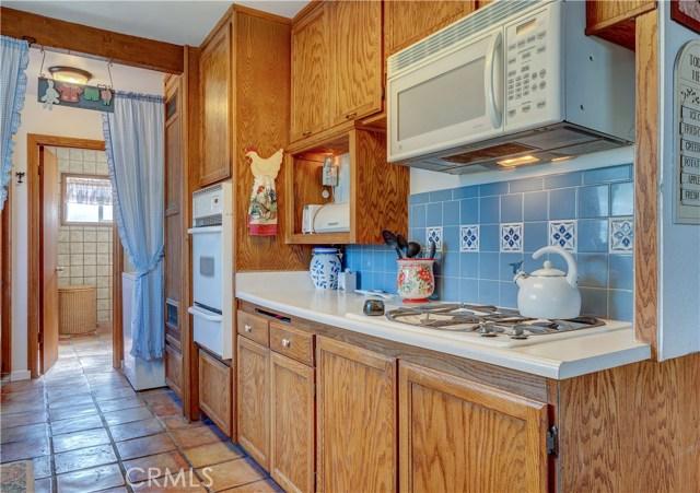 15908 Richvale Drive, Whittier CA: http://media.crmls.org/medias/64880cbc-bb5a-4e00-a5bb-44efffcf06e6.jpg