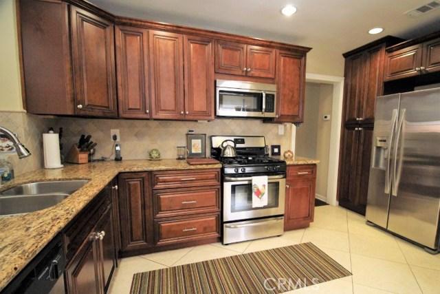 1287 El Molino N Avenue, Pasadena CA: http://media.crmls.org/medias/64bb6a4e-2c28-454f-b6f3-ee12c5af90de.jpg