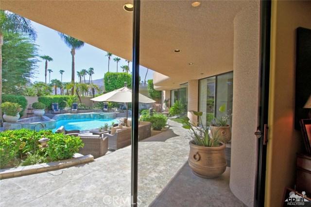 45575 Alta Colina Way, Indian Wells CA: http://media.crmls.org/medias/64bd2592-1636-467e-9347-b3c2af8f5790.jpg