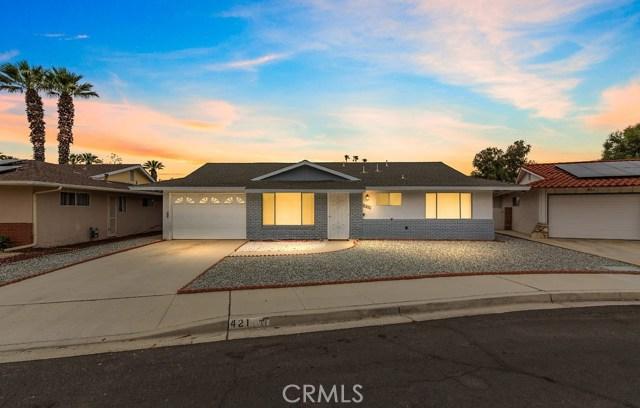 Photo of 421 Palomar Drive, Hemet, CA 92543