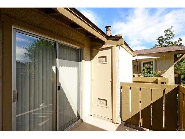 112 Echo, Irvine CA: http://media.crmls.org/medias/64c77195-5aba-4fce-9116-d039f3552655.jpg