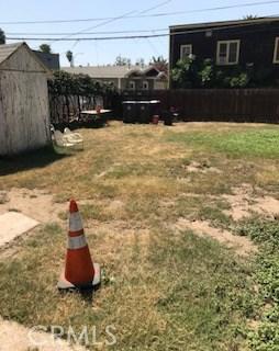 1063 Junipero Avenue, Long Beach CA: http://media.crmls.org/medias/64e801fb-b13e-4024-b5dc-68f17de598cf.jpg