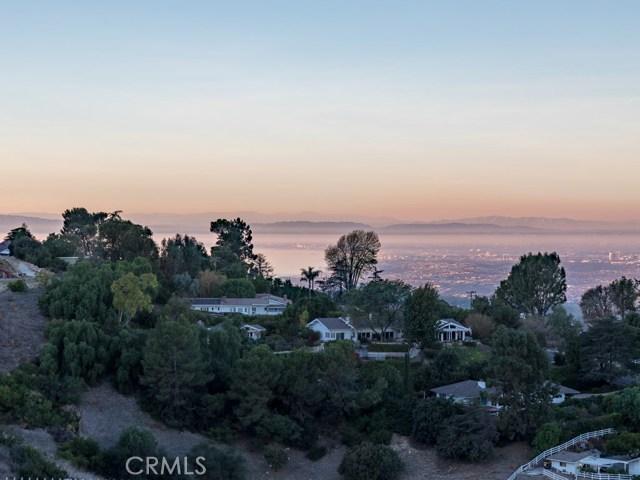 3285 Crownview Drive Rancho Palos Verdes, CA 90275 - MLS #: PV18031488
