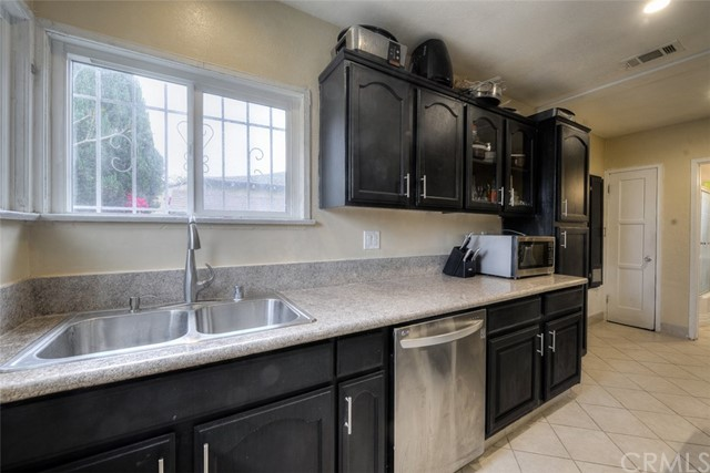 620 S Bullis Road Unit 1 Compton, CA 90221 - MLS #: PW18140596