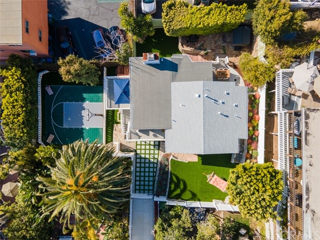 274 Upland Road, Laguna Beach CA: http://media.crmls.org/medias/6519496d-8279-467a-9975-dec216abd1f3.jpg