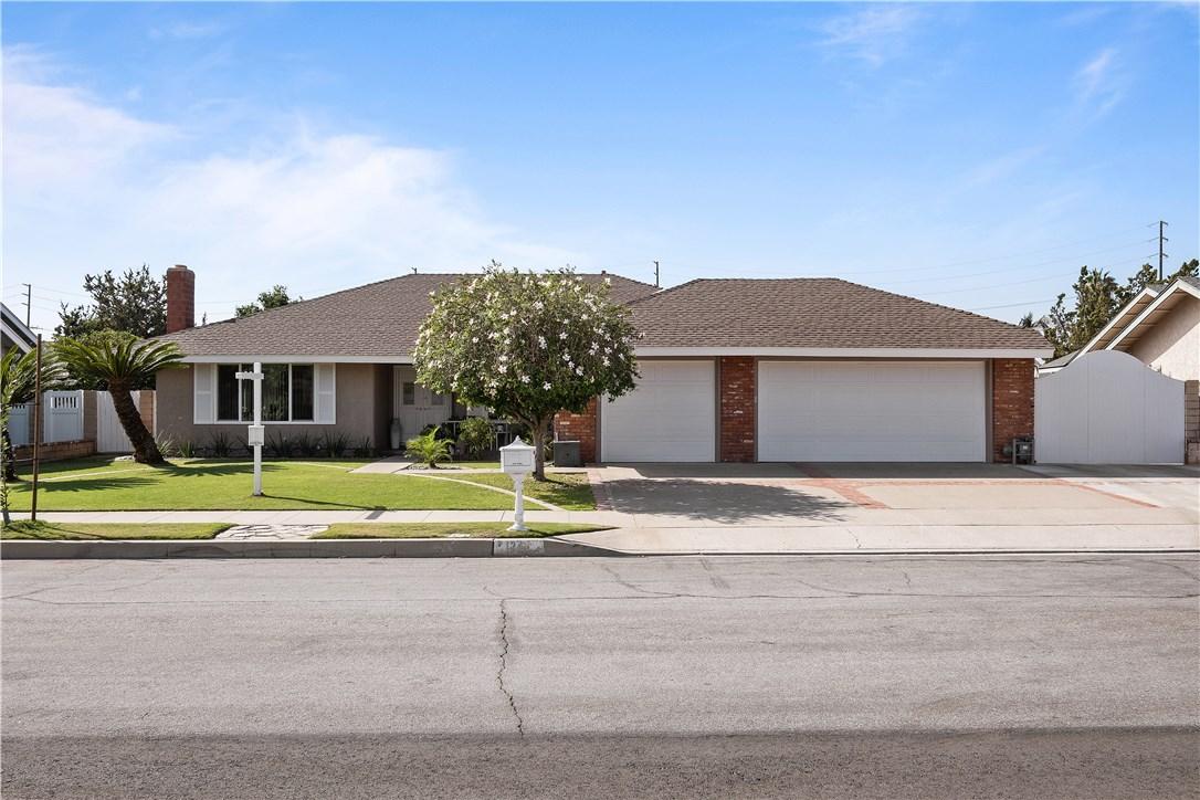 1244 N Richard Street, Orange CA: http://media.crmls.org/medias/651d3d32-ea7a-4c39-8854-f3107f8b6255.jpg